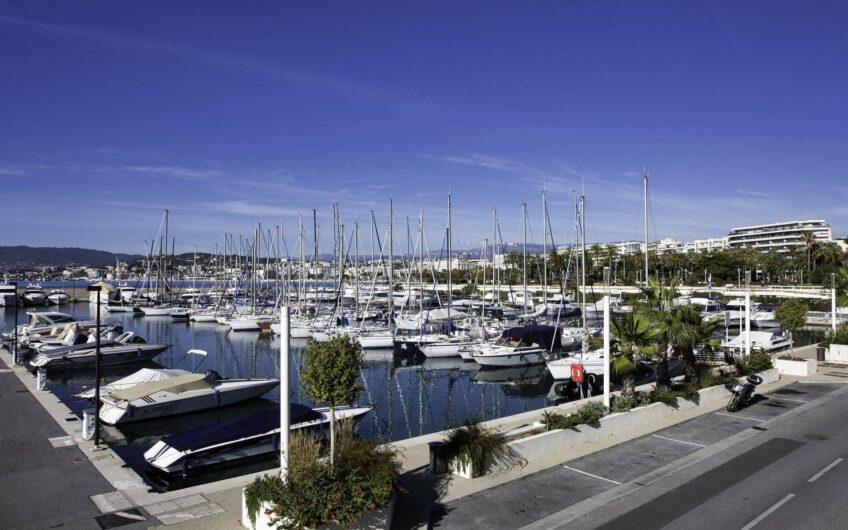 Super appartement avec 3 chambres et vue mer – Cannes Croisette