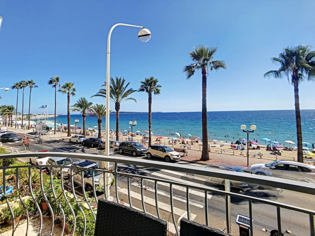 sea view apartment for sale in nice south france