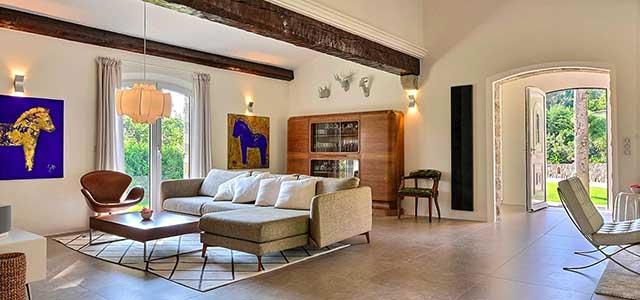 saelg ejendom hus villa fransk ejendomsmaegler provence fransk riviera