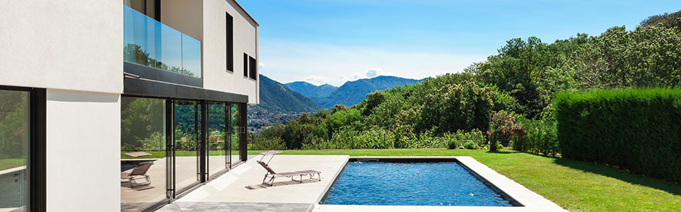 villa til salg pool sydfrankrig franske riviera