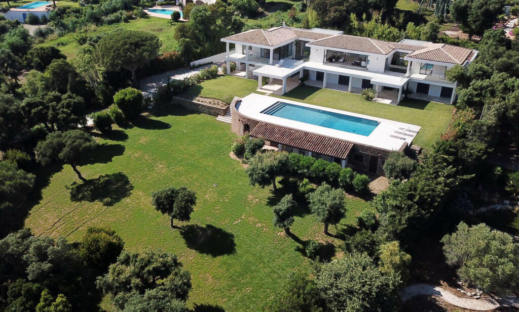 large property and villa with a pool in south france