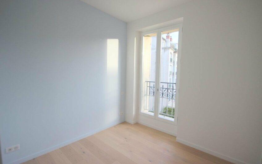 Appartement 4P entièrement rénové avec balcon – Nice Carré d'Or