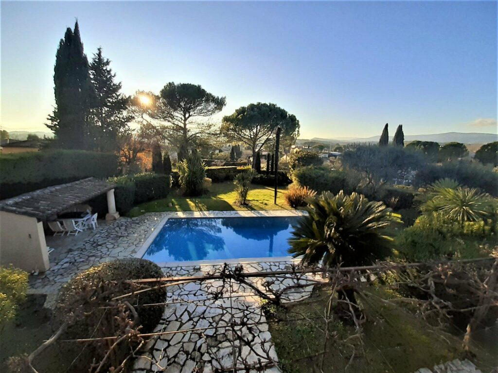 holiday villa for sale cannes south france with pool garden