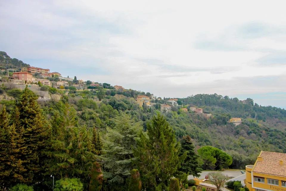 1-room apartement with a terrace with sea view Èze Moyenne Corniche