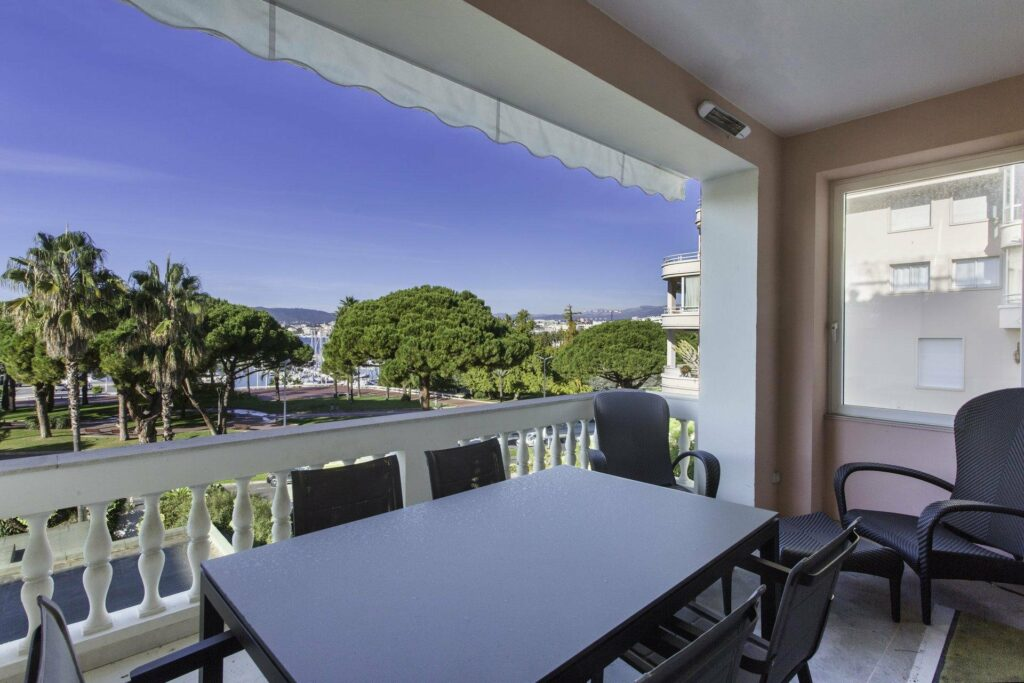 apartment with view for sale in cannes