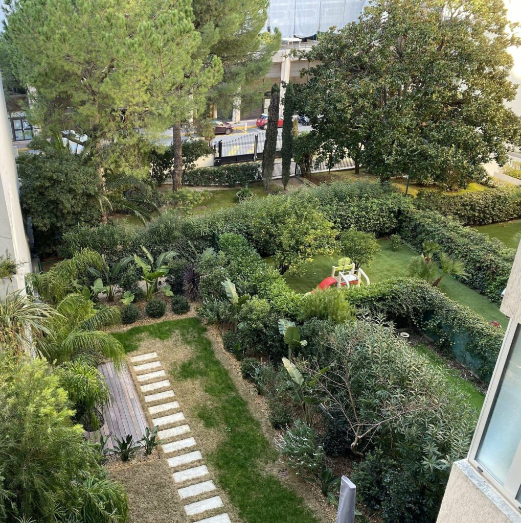 large garden of apartment in cannes