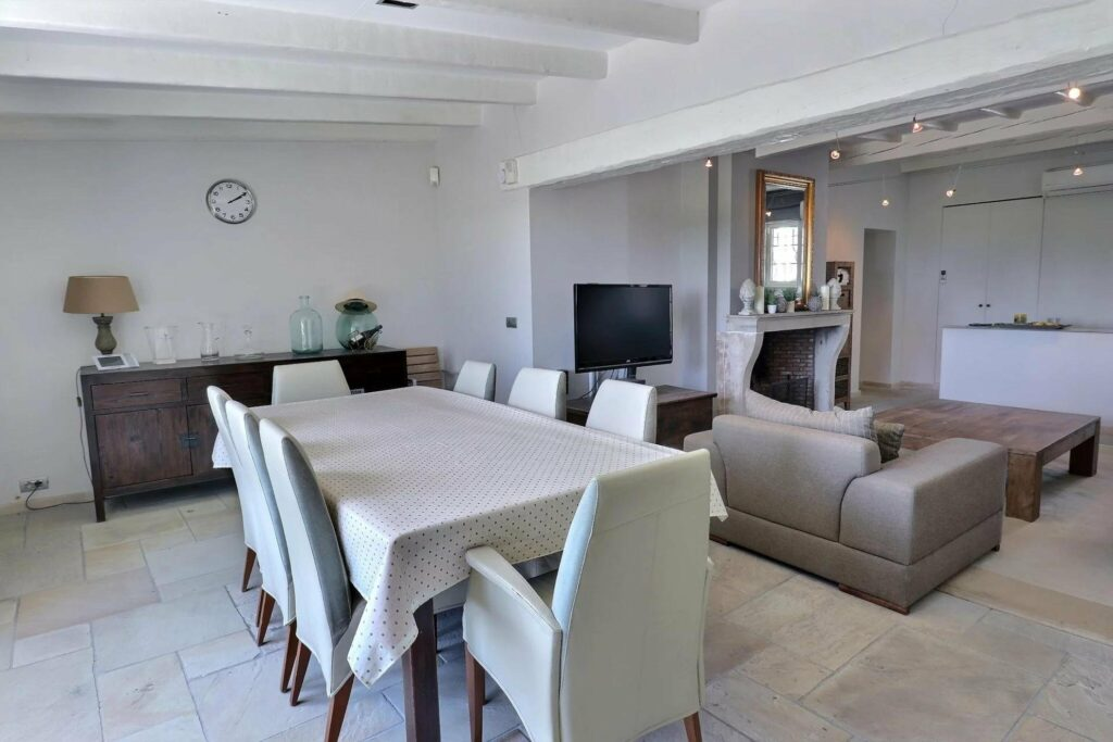 dining room of villa in les arcs with pool for sale