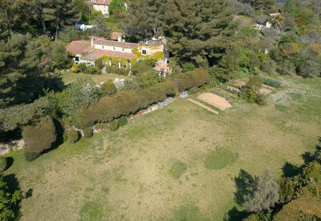 property with a large plot of land
