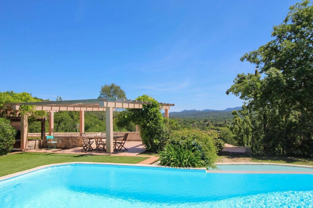 large private pool at house in southern france