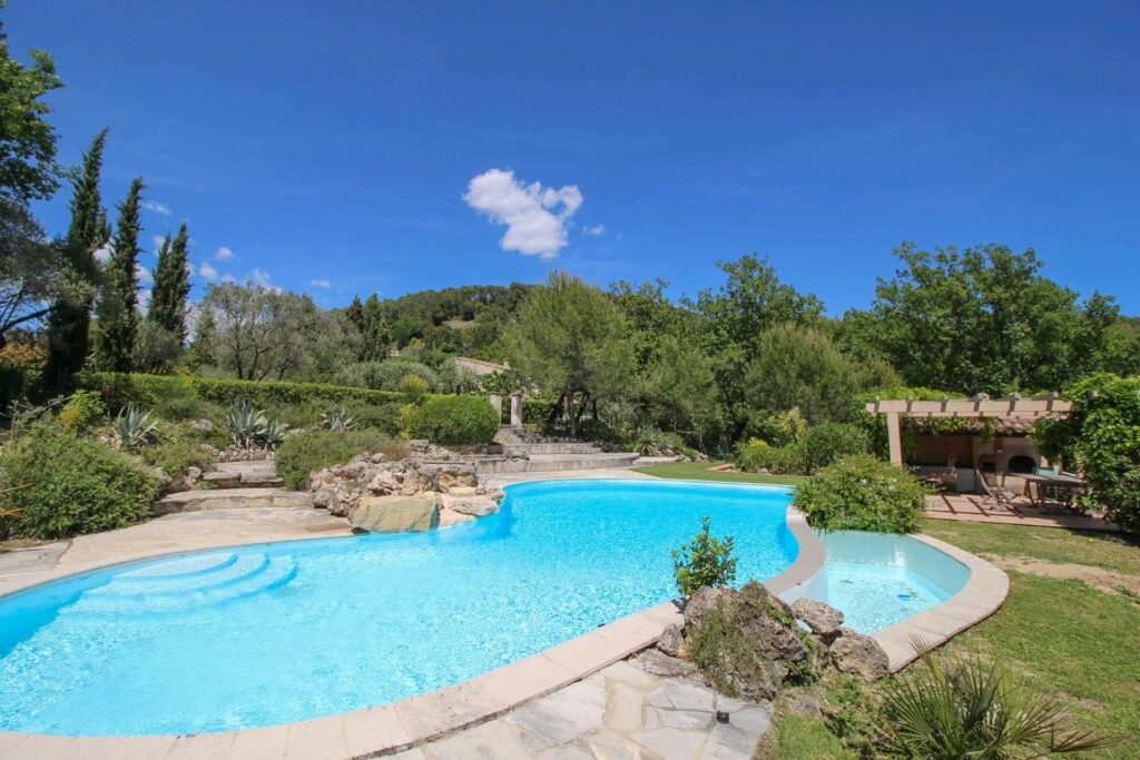 large private pool on south france villa surrounded by large trees
