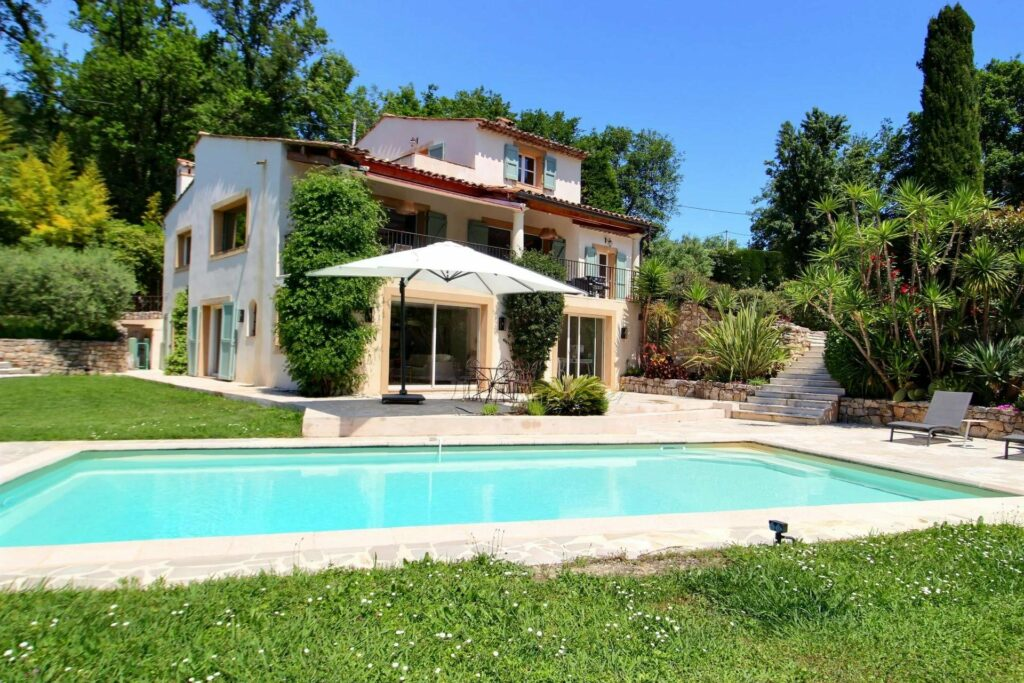 property for sale in opio south france with private pool