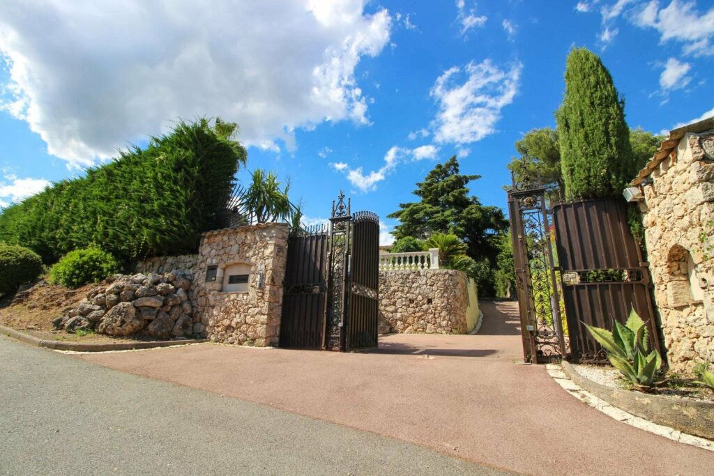 gated entrance of luxury property in southern france