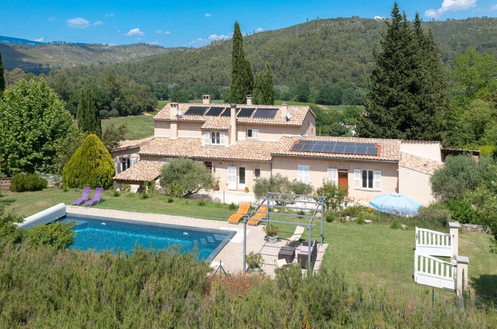 large provencal villa in southern france with pool and large garden