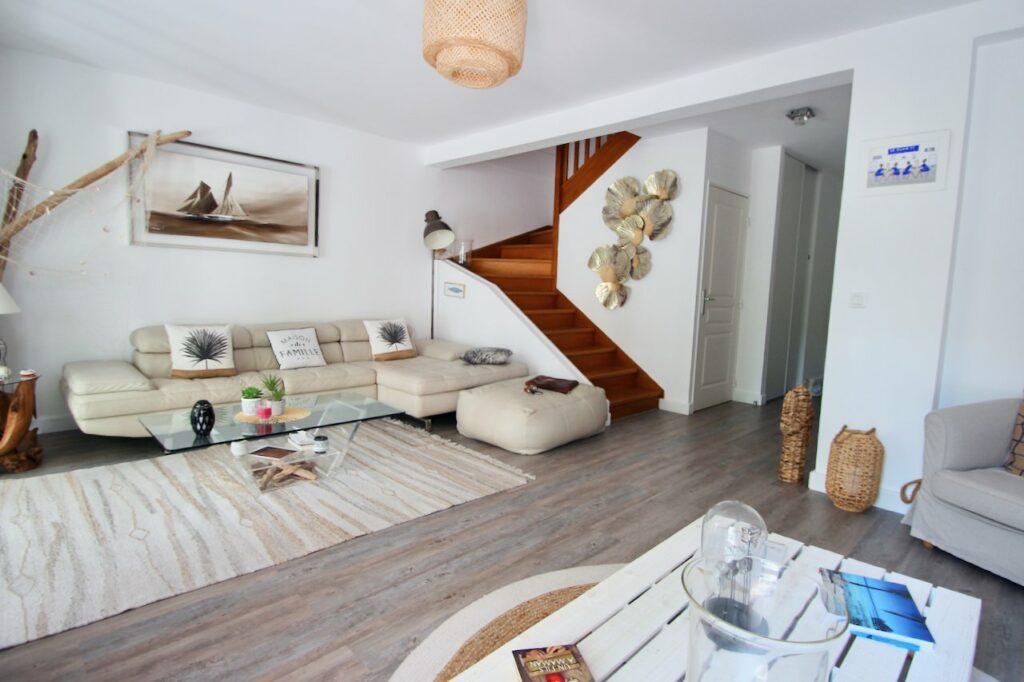 view of warm wooden stair case up towards bedroom with