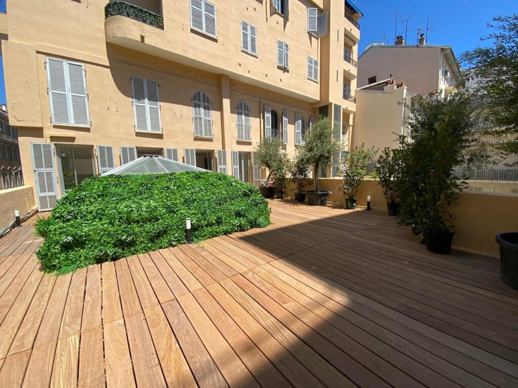 wooden deck terrace of apartment in nice