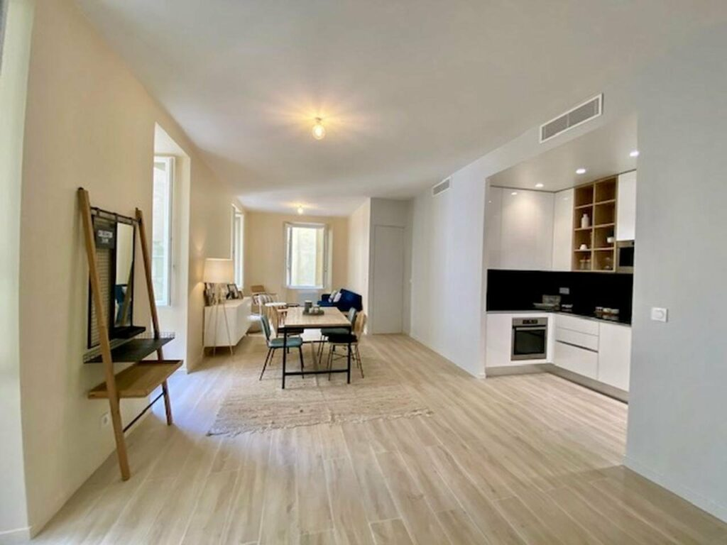 renovated 2 bedroom apartment in nice south france
