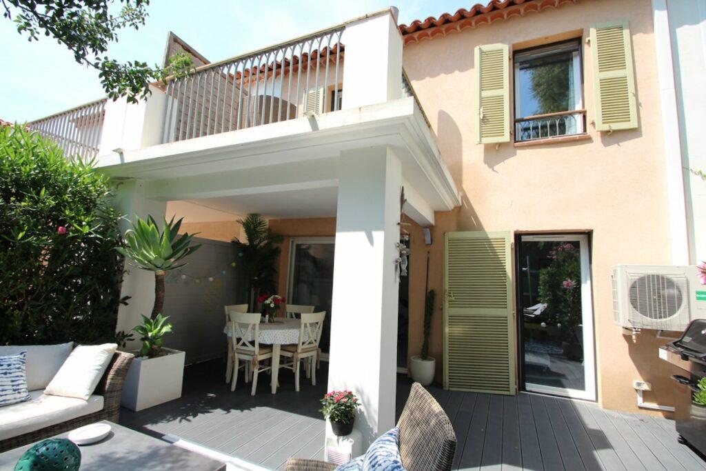 two floor home in Roquebrune-sur-Argens