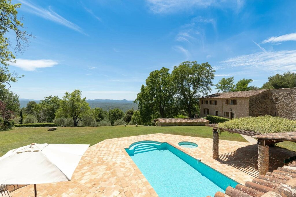 backyard of provencal villa with pool and mountain view