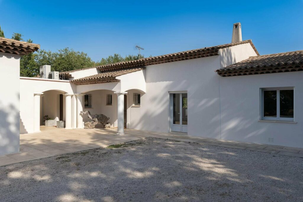 exterior of villa with white walls provencal style