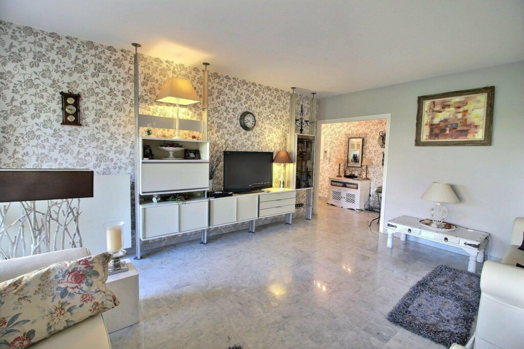kitchen with charming decor in juan les pins apartment
