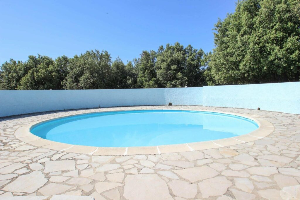 private pool of home for sale in mons village france