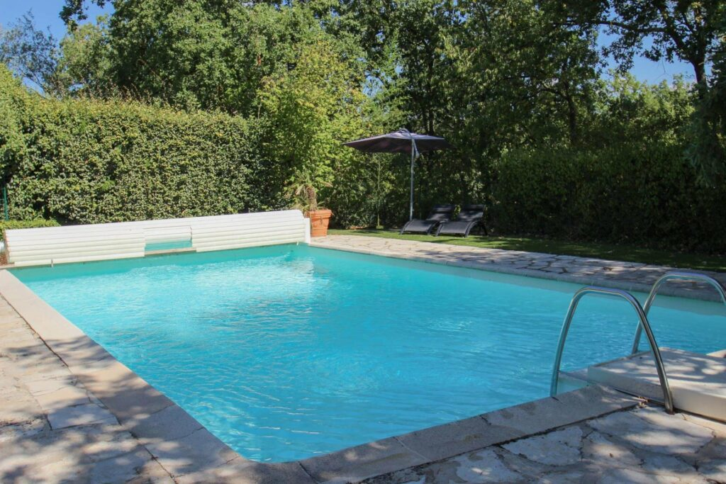 villa in south france with swimming pool