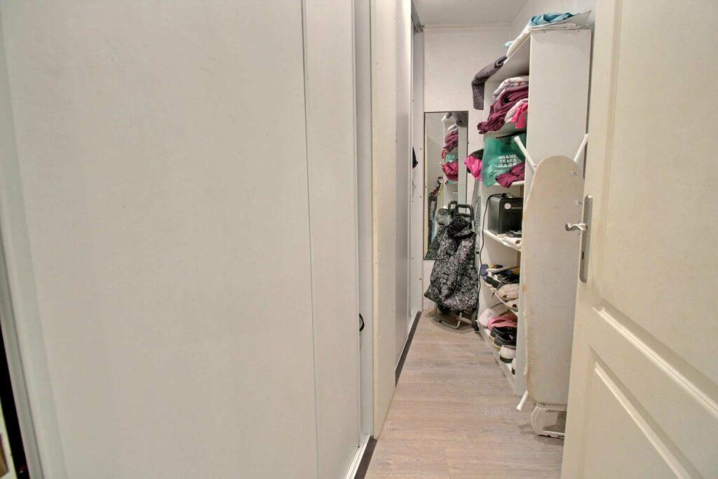 closet of apartment in cannes