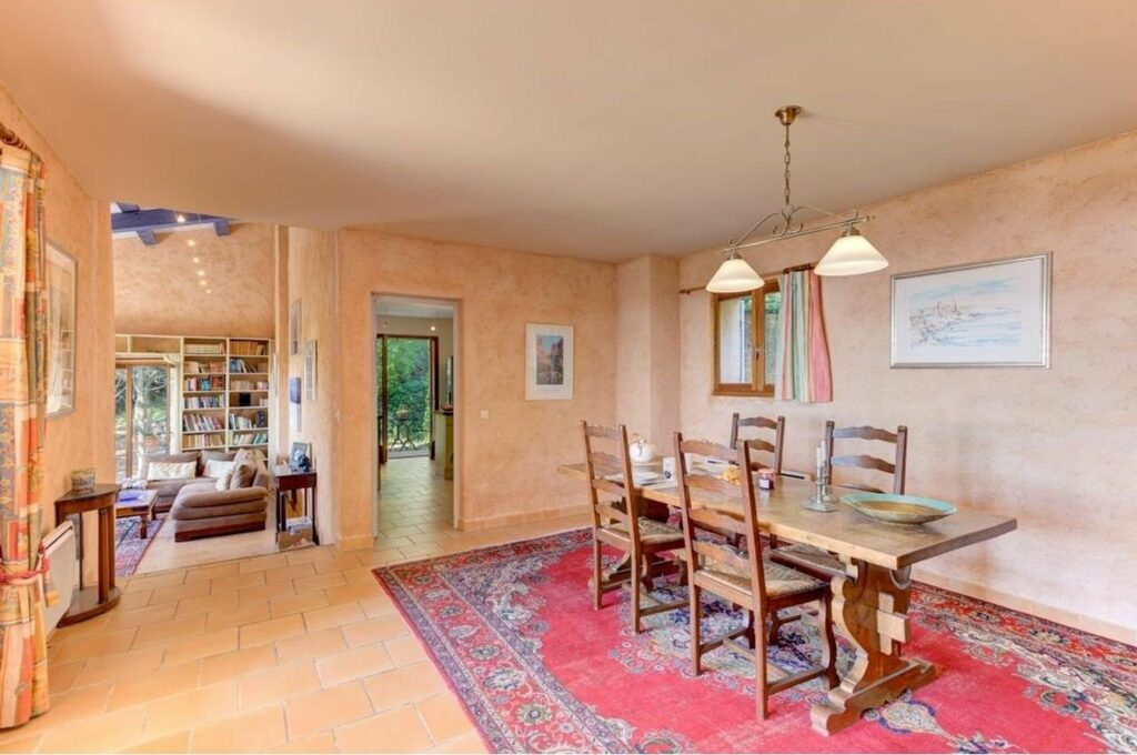 dining room of property in the south of france