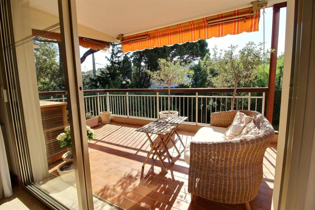 Three bedroom apartment for sale Cap d´Antibes