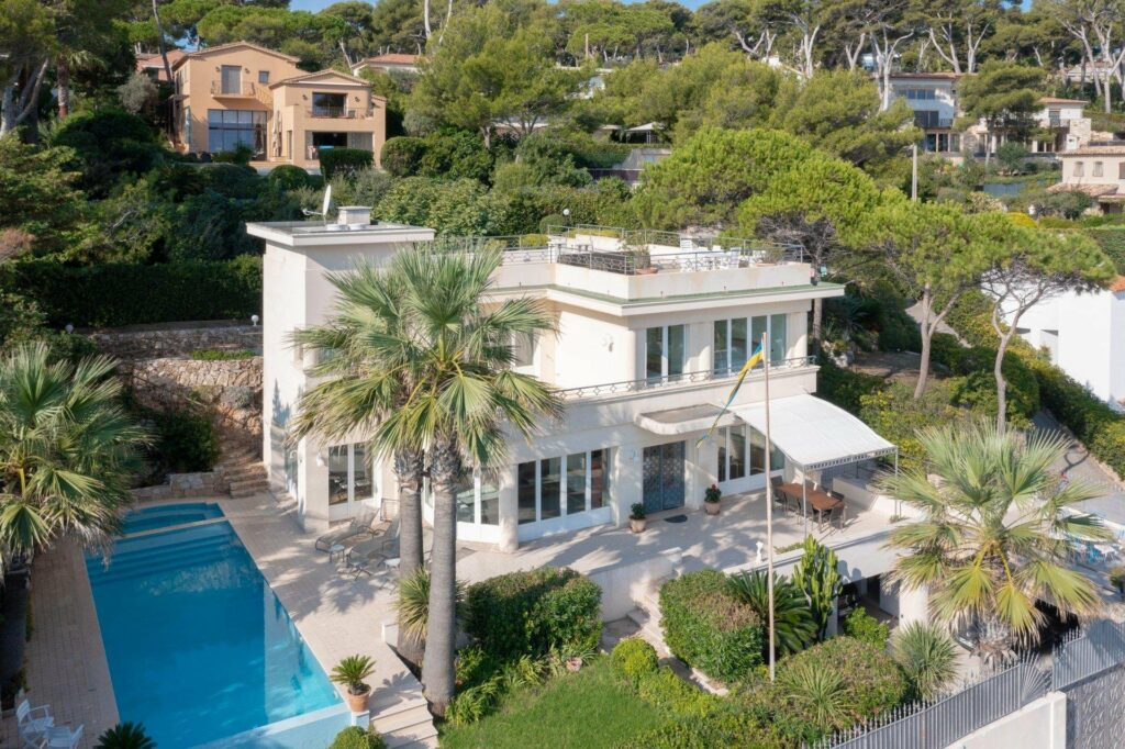 luxury villa in the south of france for sale