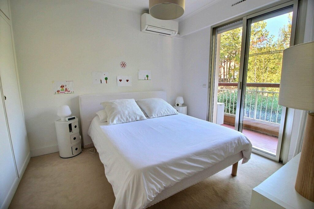 bright bedroom with large terrace in cap dantibes
