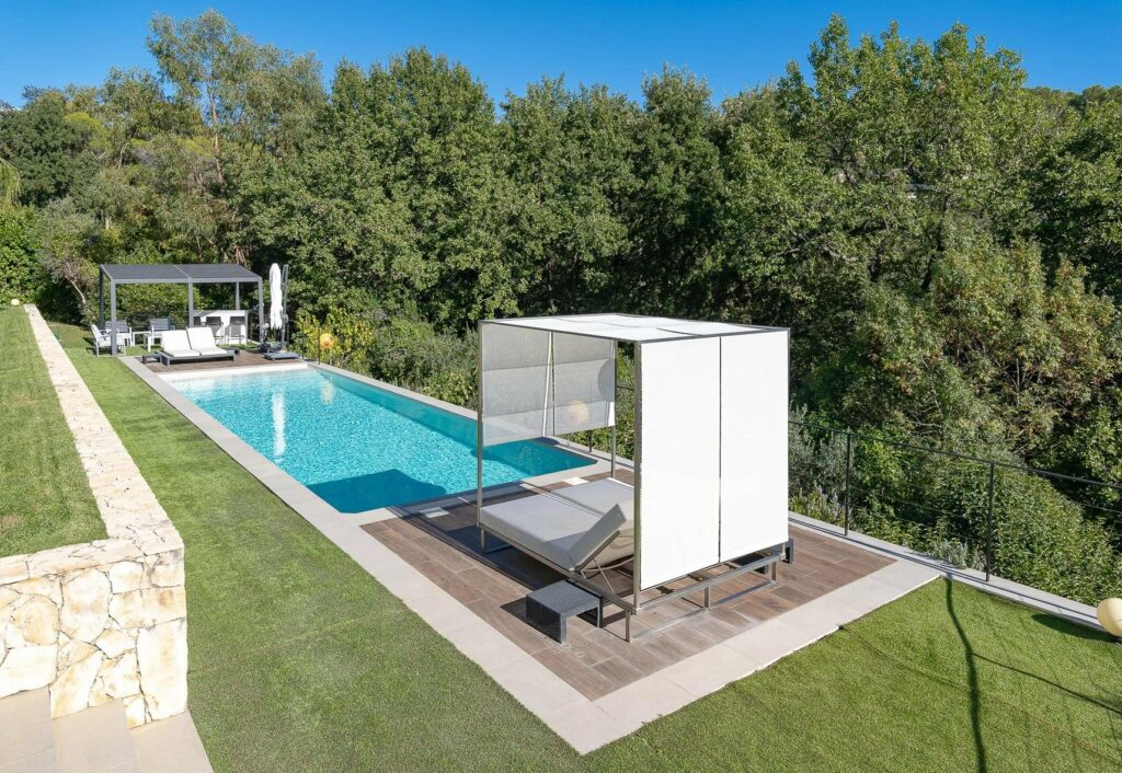 property for sale in south of france with private pool