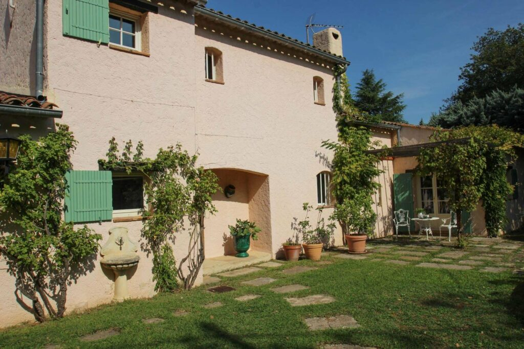 properties for sale in the south of france