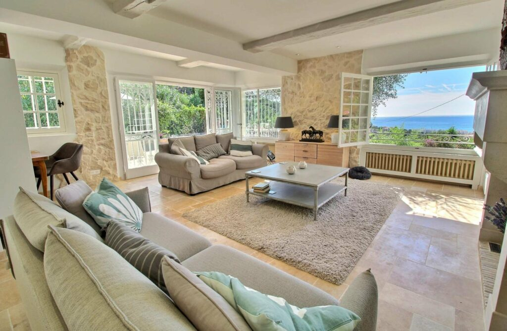 living room of provencal villa in cannes californie