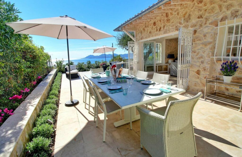 Superb Provencal villa completely refurbished with panoramic sea view - Cannes Californie